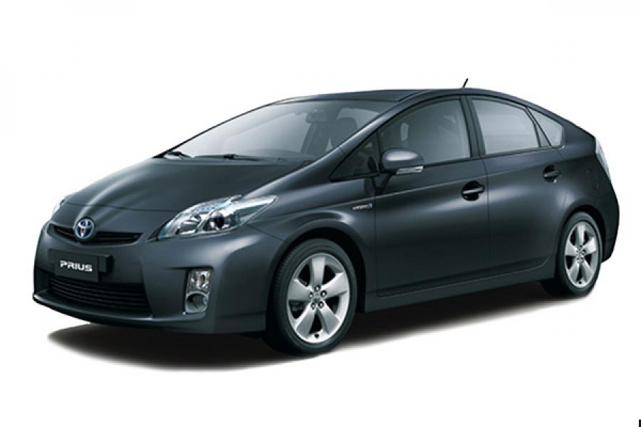 Toyota debuts iconic Prius hybrid car in India