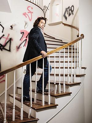 Armando Montelongo: The Home-Flipping Huckster