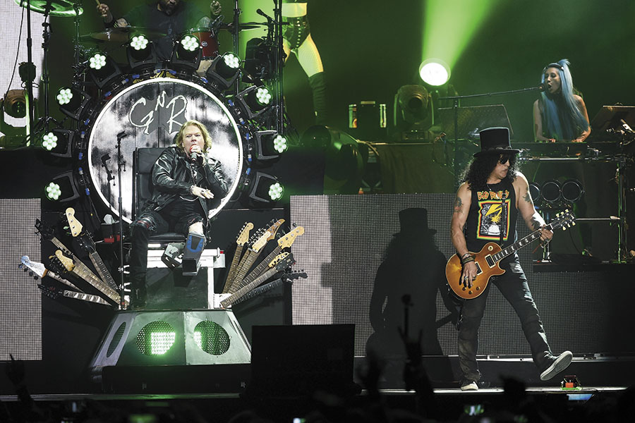 mg_93433_gunsnroses-atcoachella-getty-523660806_280x210.jpg