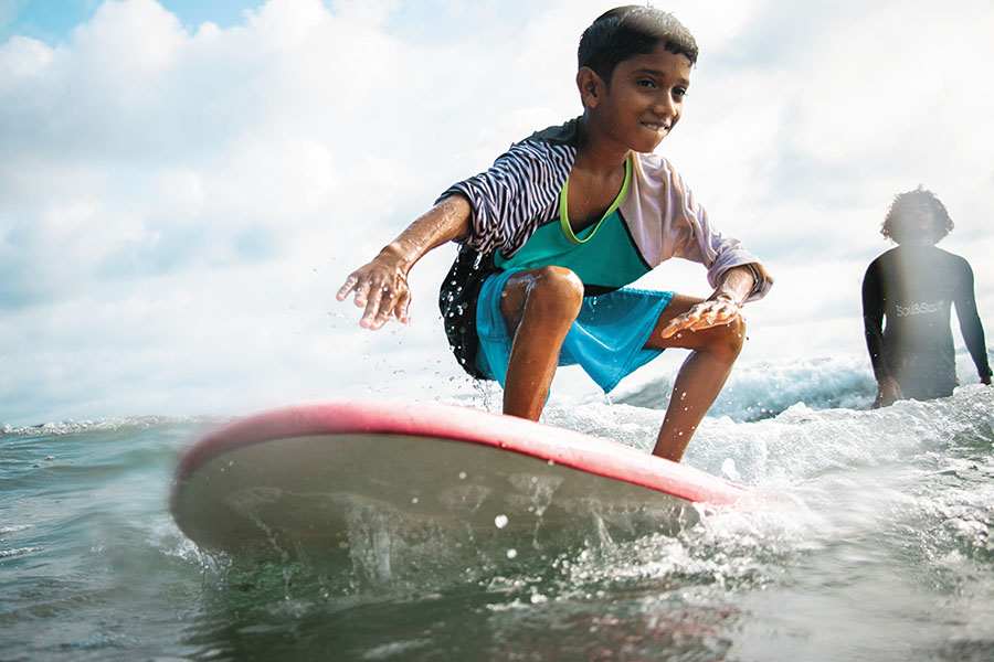 surfing india varkala kid