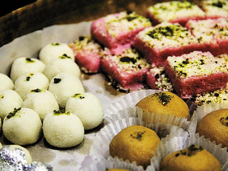 Of Mishti, Mughals and Noodles: A history of Kolkata's street food
