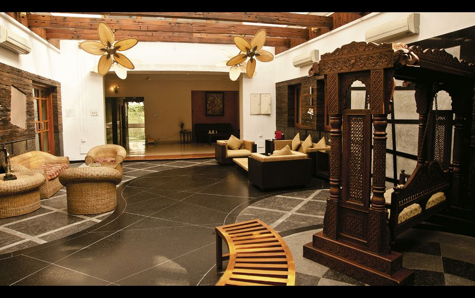 Mansions Of The Rich Forbes India Page 1