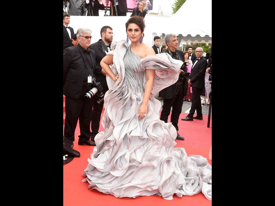 Sonam Kapoor, Priyanka Chopra, Hina Khan: How India showed up on the Cannes red carpet